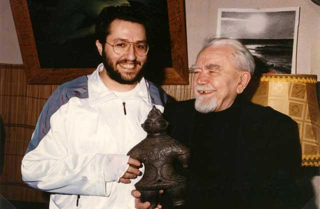 Russia - Mosca 1 Aprile 1992 Giorgio si incontra con lo studioso dei fenomeni extraterrestri Alexander Kazantzev.