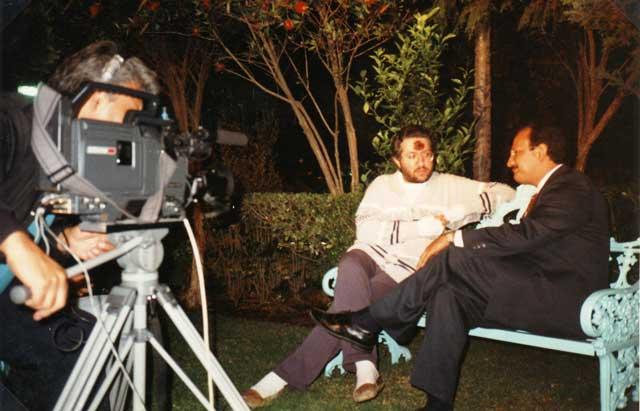 Città del Messico Giorgio intervistato dalla TV Azteca.