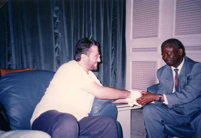 Africa 28 Settembre Giorgio con il leader dell'opposizione al parlamento Berard Kolelas Sindaco di Brazzaville.